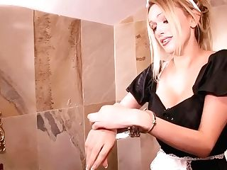 Dirty Maid Caught Fucking Herself In Bathroom Total Vid
