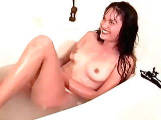 Simone Merlina Is Taking A Bath And Is Joined By Her All Girl Paramour