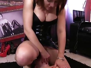 Promiscuous Roomy Tied Her Up And Fuck Her